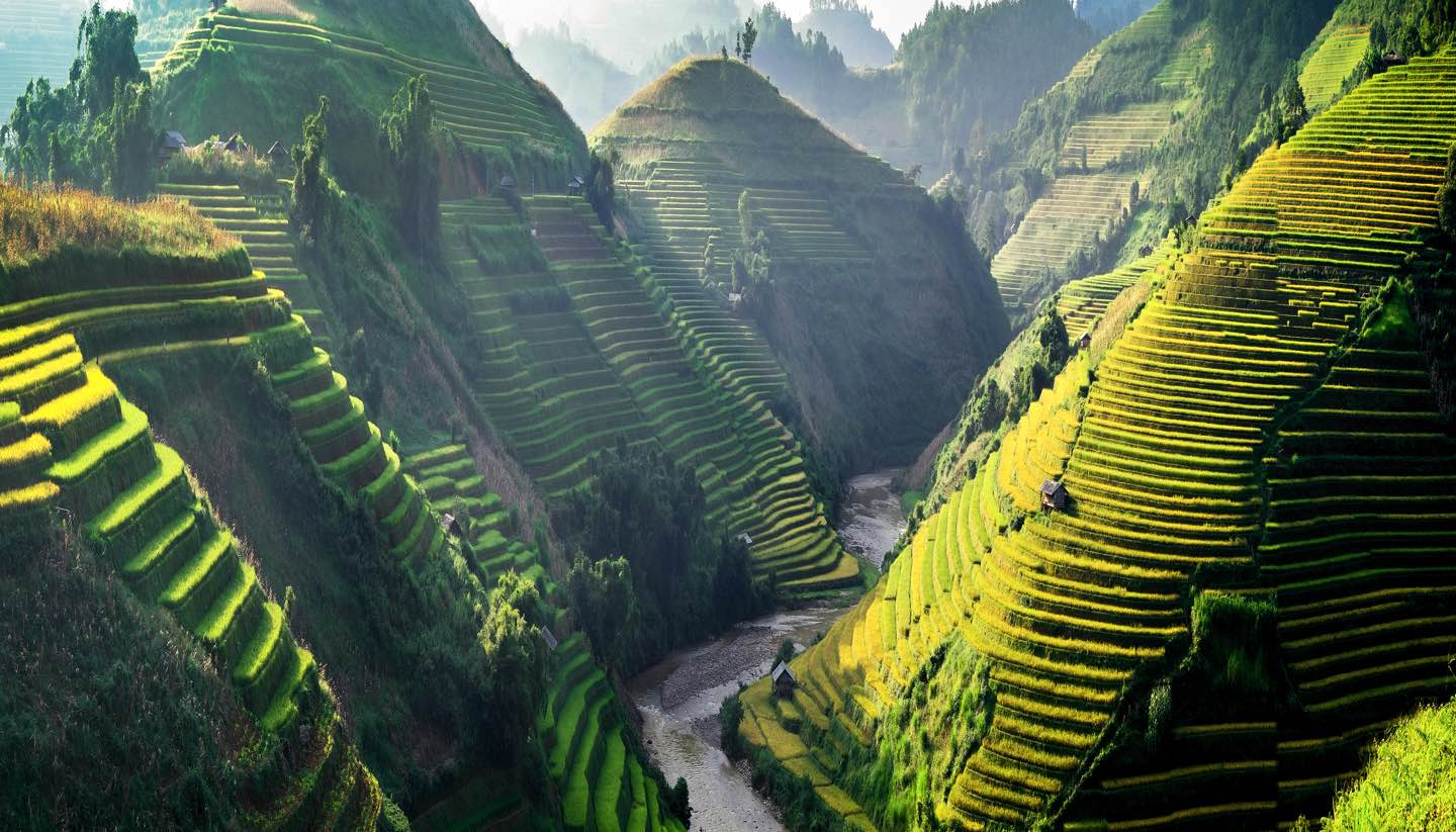 Destinos - Paddy fields in MuCangChai, Vietnam.
