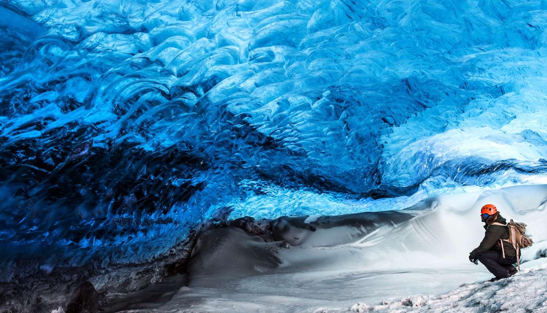 Islandia - Ice cave, Skaftafell glacier, Vatnajokull National park, Iceland