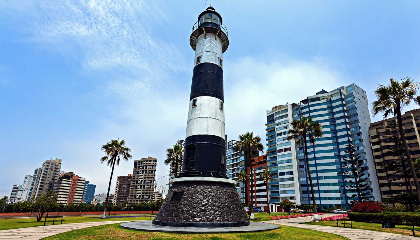 Perú - Miraflores Lighthouse, Peru