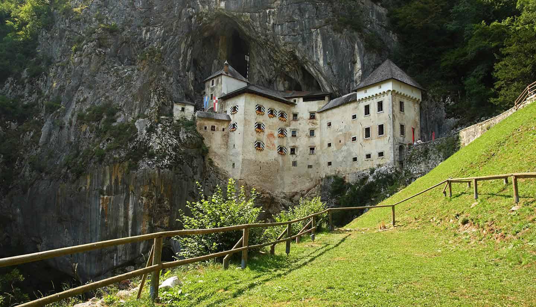 Eslovenia - Predjama Castle, Slovenia