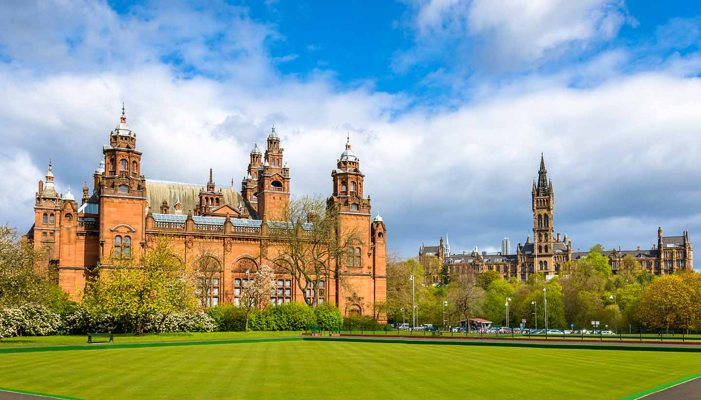 Glasgow - Kelvingrove Museum and Glasgow University - Scotland (UK)