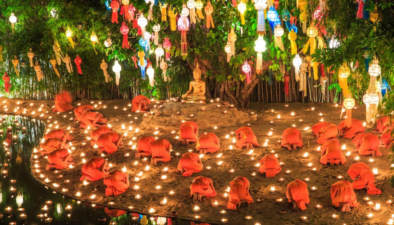 Tailandia - Loi Krathong - Wat Phan Tao temple