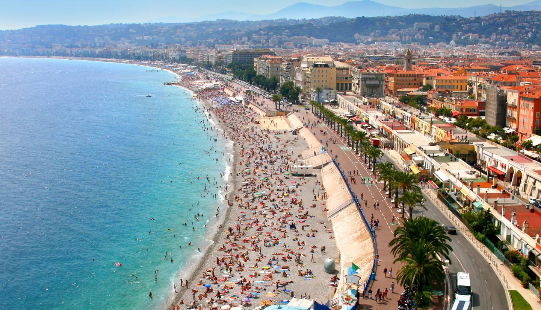 Niza - Beach in Nice, France